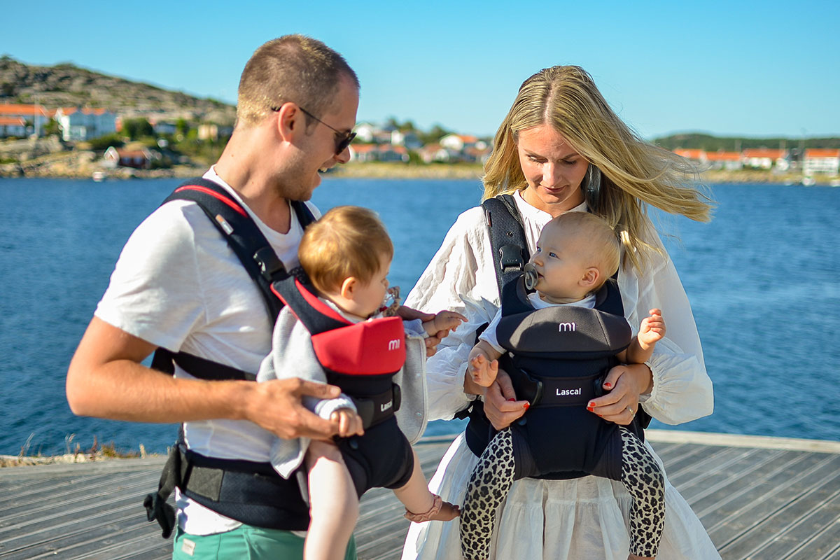 M1 Carrier couple with babies by the sea